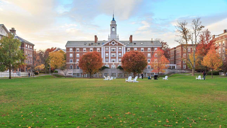 Tìm hiểu học bổng Đại học Havard? Bí quyết săn học bổng Đại học Havard