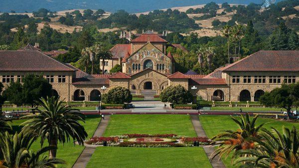 Học bổng Đại học Stanford và những thông tin du học sinh cần biết